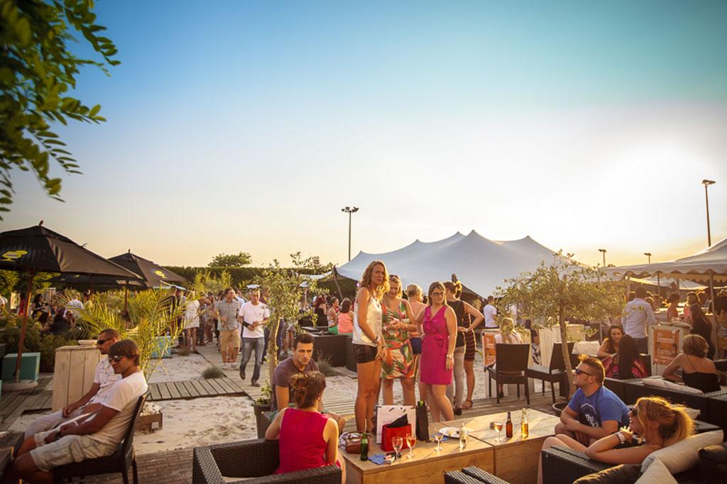 Sfeerbeeld Beach Bar